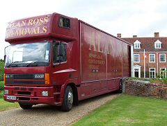 Alan Ross Removals - Taking the load